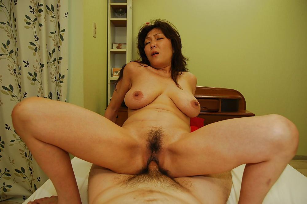 Download big pussy xxx movie photo